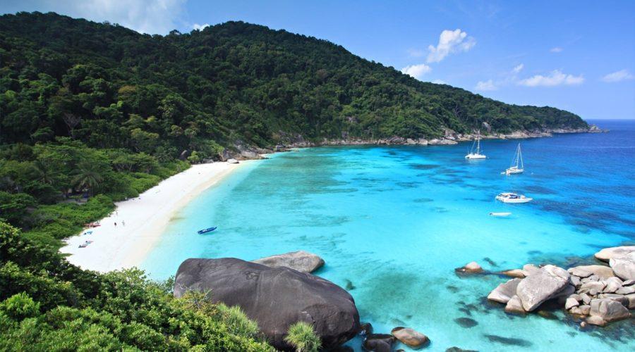 1483712452-similan-island-2