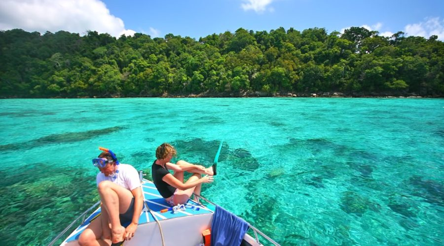 1483712452-similan-island-3